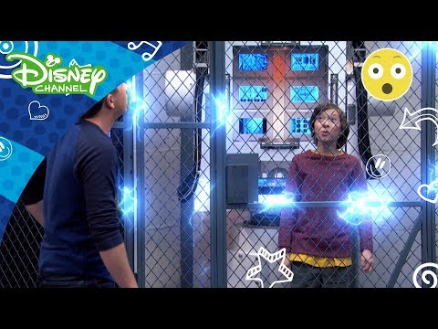 Lab Rats: Elitstyrkan | Kyle blir instängd i den stora buren - Disney Channel Sverige