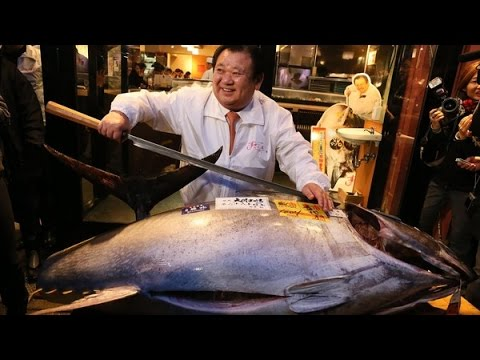 One Fat Fish! Man pays $37,500 on one bluefin tuna in Tokyo