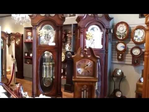 MINIATURE GRANDFATHER CLOCK - MUSICAL & CHIMING by RHYTHM USA