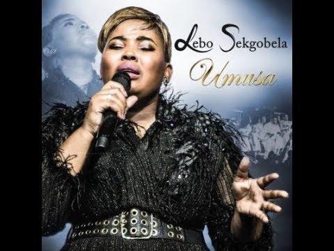Lebo Sekgobela Umusa (Live) : Ampitsa