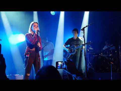 Savoy ft. Zoe - Under The Makeup - live @ Parkteatret, Oslo, 11.01.18