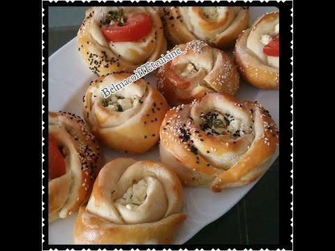 Recette des brioches salée Turc au fromage / Peynirli Gül Pogaça