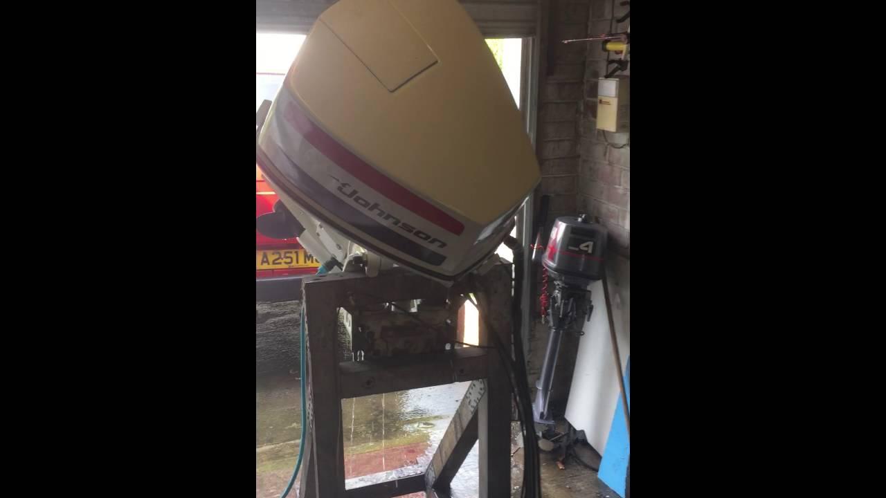 johnson 85hp v4 power trim tilt [ 1280 x 720 Pixel ]