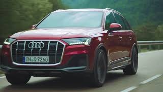 The new Audi Q7 Driving Video