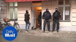 German police raid mosque suspected to be financing terrorism