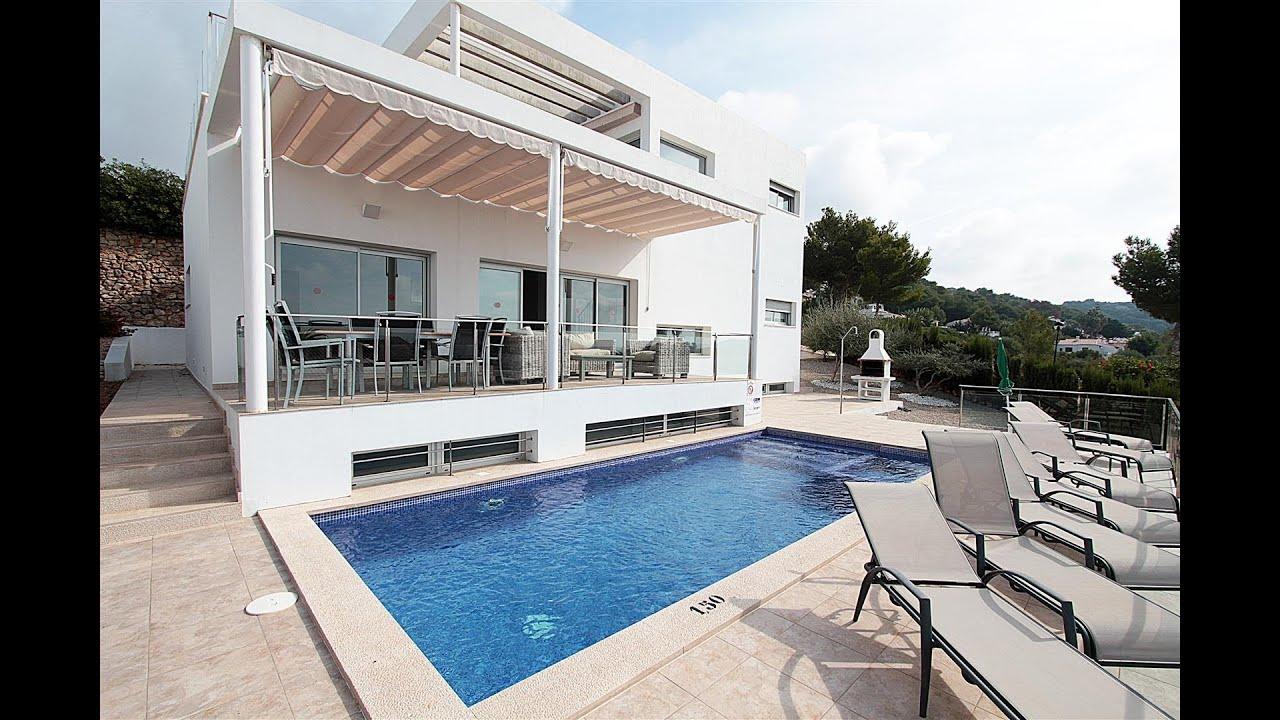 Casa de lujo junto a la playa de son bou youtube - Casa de playa ...
