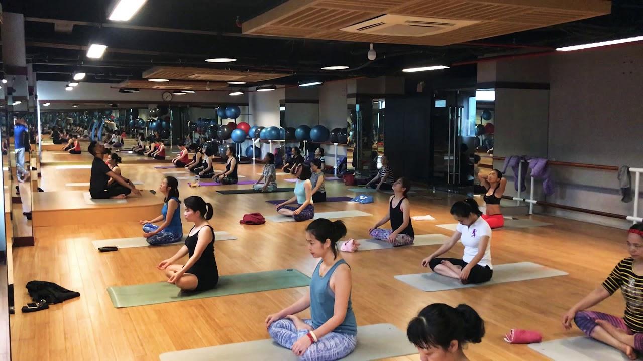 1 Hour beginners yoga class with YogaguruNarender Arya and ...
