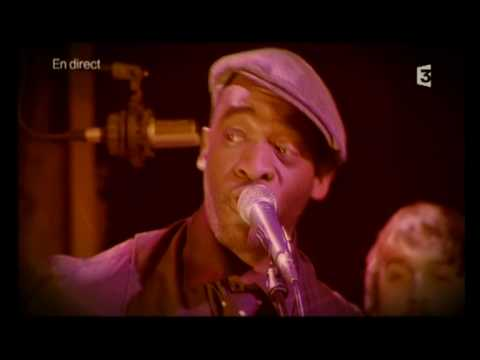 BIBI TANGA & THE SELENITES ,  RED WINE , live on FrenchTV