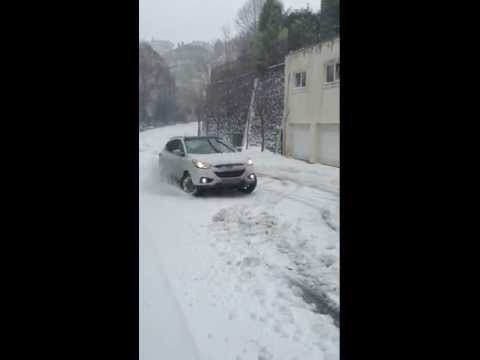 Hyundai ix35 in snow 2