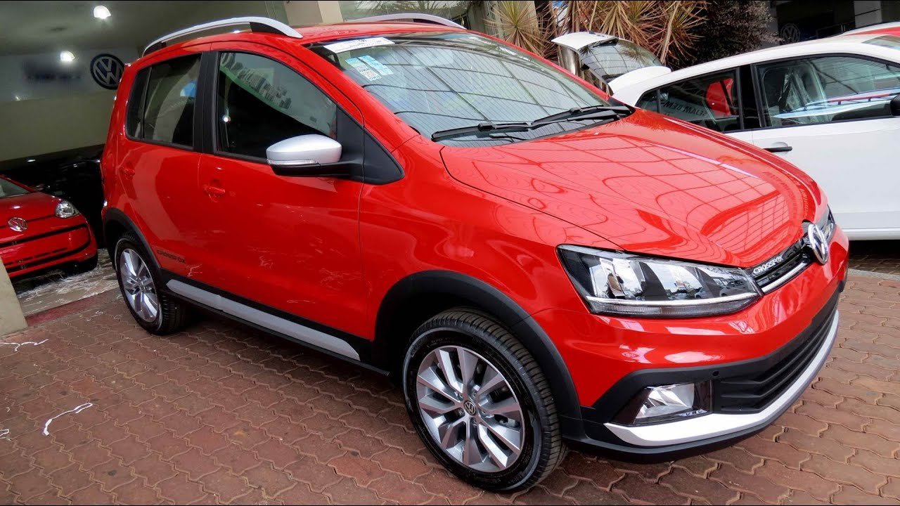 Volkswagen CrossFox 2015 - detalhes internos e externos ...