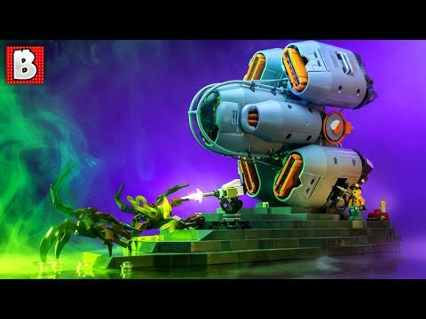 Amazing Alien Stand Off! Pitstop LEGO Creation   Top 10 Lego MOCs