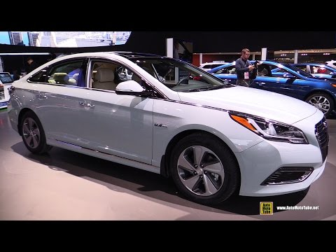 2016 Hyundai Sonata Hybrid - Exterior and Interior Walkaround - Debut at 2015 Detroit Auto Show