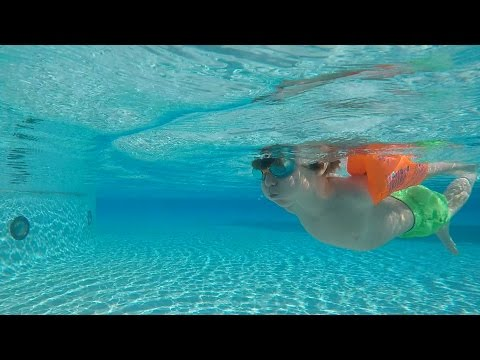 Hotel Pool Fun – Family Holidays – Kid's Water Game – Atlantis Hotel