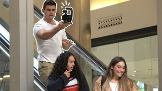 AWKWARD VLOGGING ON THE ESCALATOR