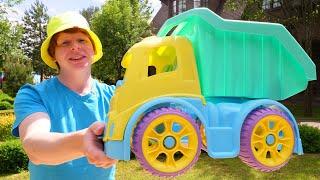 Моя песочница для малышей— Самый большой грузовик— Детские игры наулице для самых маленьких ребят