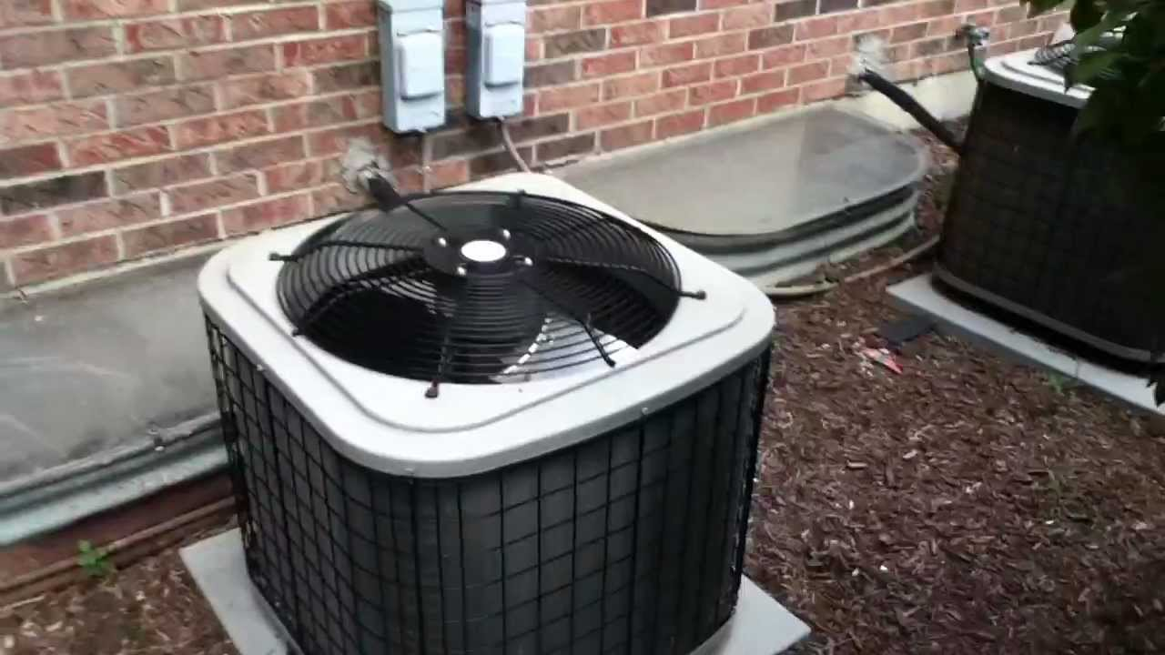 Two 2007 Payne Pa3a Air Conditioners Running Youtube
