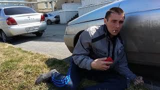 Наркоман на территории областной больницы. Кемерово.