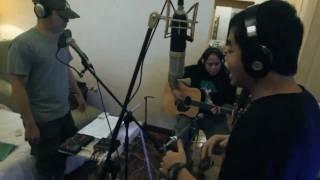 Repeat youtube video One Hit Combo by Parokya Ni Edgar feat. Gloc-9