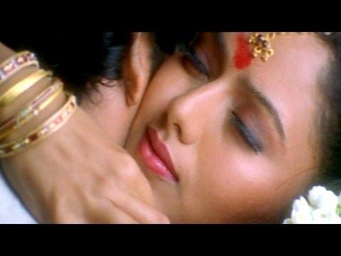 Chemma Chekka Chemma Chekka Video Song  - Azad Movie - Nagarjuna, Soundarya, Shilpa Shetty
