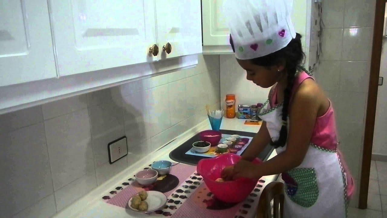 COCINA FCIL Y DIVERTIDA PARA NIOS Como hacer Cake pops especial da de las madres  YouTube