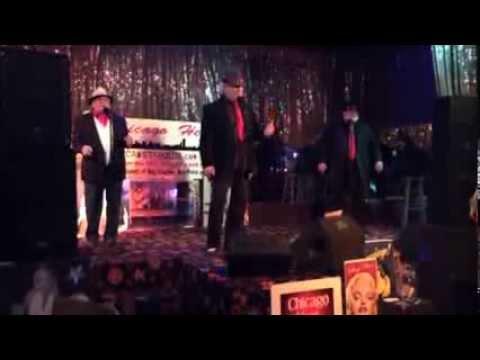 Tommie Dee Sings 'Pretty Woman'