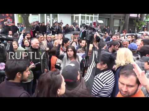 Armenia: Protesters block streets in Yerevan as Sargyan demonstrations continue