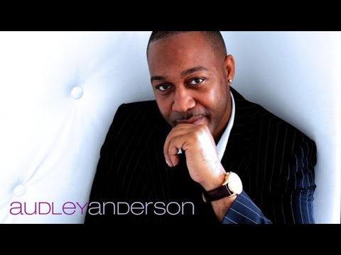 AUDLEY ANDERSON UNDRESS U    BOOTLEG AND REMASTERED BY DVJ JAIRO BsB & ASP RIO