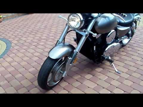 Kawasaki Mean Streak 1500 2003 sound