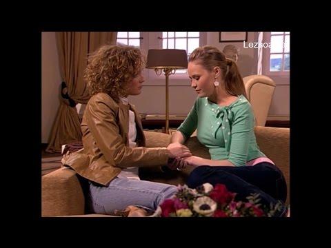 053 Carla & Hanna