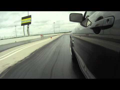 Shelby Cobra vs Skyline GTR in [HD]