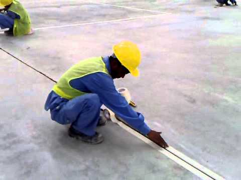 How to apply joint sealant on construction joints