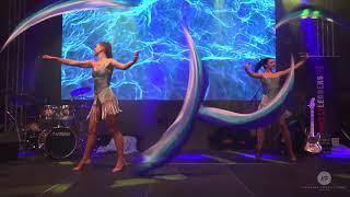 Poi show / Showgirls cabaret / Kabaretní tanec s hedvábnými poi