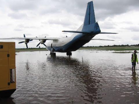 Смотреть Гидроплан )) взлёт с воды АН-12 Kongo AN12 takeoff from water an-12 онлайн