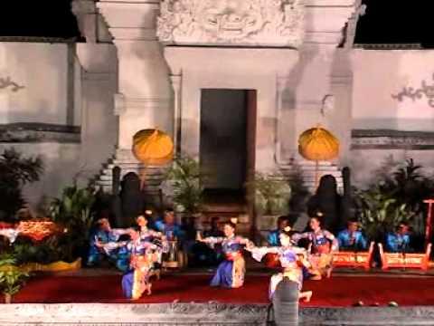 Sri ganyong, Banyuwangi Dance