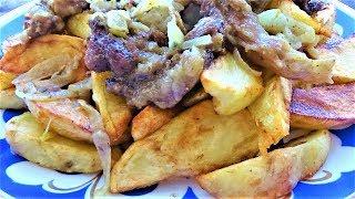 Жареная картошка на сковороде а мясо в казане.  Как правильно жарить картошку!