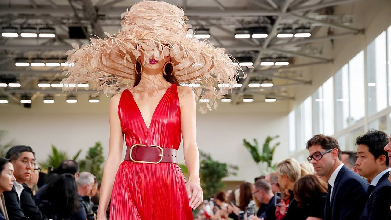 Valentino | Spring Summer 2019 Full Fashion Show | Exclusive 8