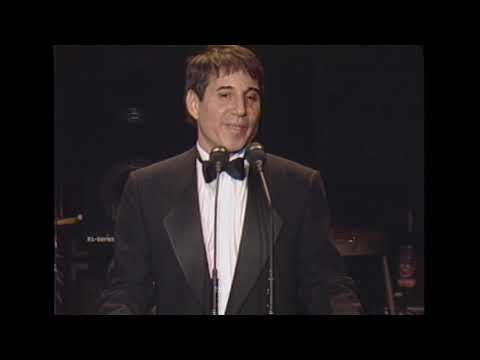 Paul Simon Inducts Stevie Wonder at the 1989 Rock & Roll Hall of Fame Induction Ceremony
