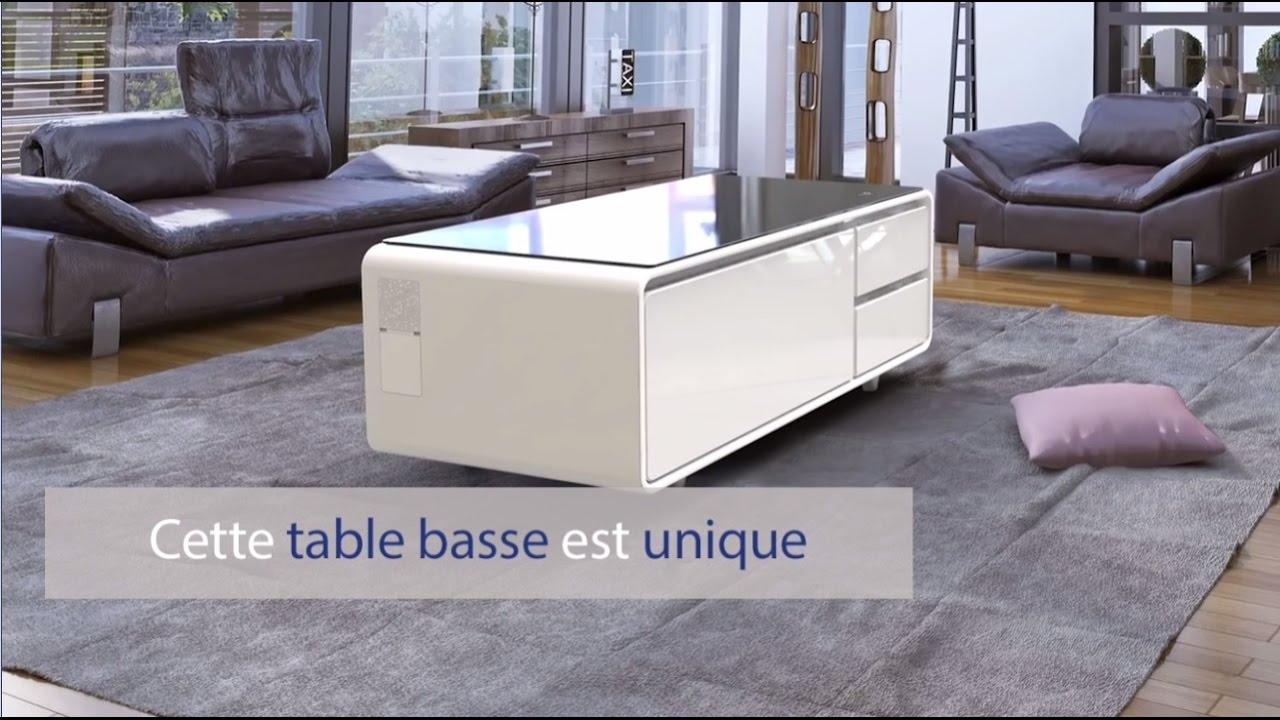 Innovation Cette Table Basse Est Unique Elle Possede Un Frigo