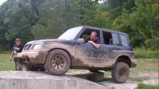 Flexing out Suzuki Sidekick 4x4