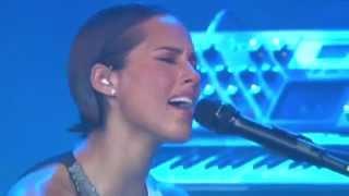 Alicia Keys Brand New Me Live BBC Radio 1Xtra Live 2012