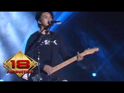 Rocket Rockers - Hitam Putih Dunia  (Live Konser Bandung 9 Mei 2015) Mp3
