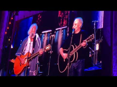 Watch Bob Weir Join Paul Simon for 'The Boxer' at Outside Lands