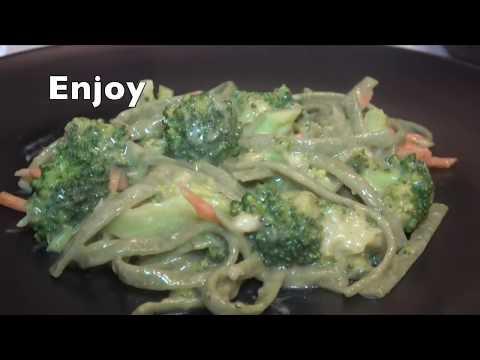 Vegan Cheesy Garlic Alfredo