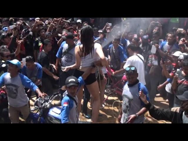 LADY WASH ANIV KCS 4th (SEMARANG) By: 7soulmatez_Dancer