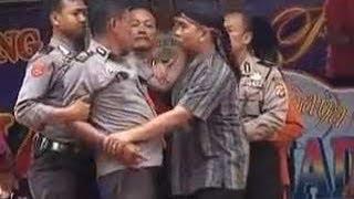 Video aksi polisi mabok bikin rusuh [full kronologi]
