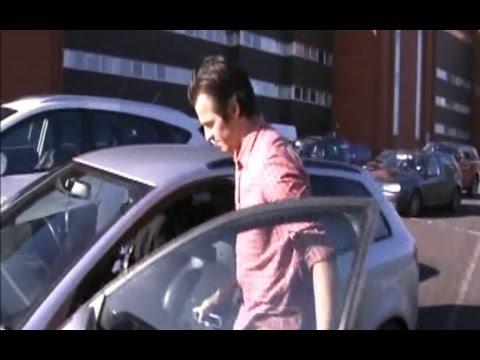 Joey Barton Leaves Ibrox (He Thinks He's Still a Rangers Player)