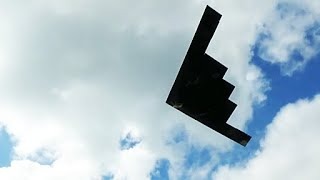Great Sounding B-2 Stealth Bomber Takeoff.