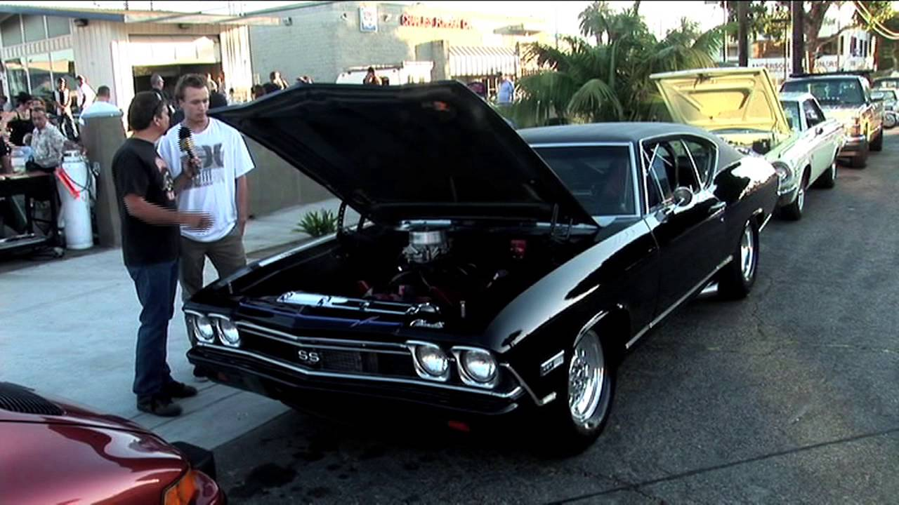 Encinitas Classic Car Nights