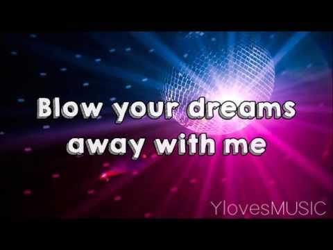 Selena Gomez - Birthday (Lyrics)
