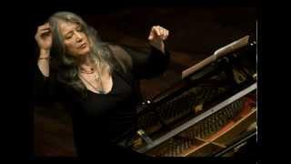 Beethoven: Piano Concerto No. 3 in C minor, Op. 37, I. Allegro con brio (Martha Argerich, 2004)
